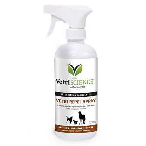 Unique spray uses natural Brazilian oils to prevent fleas, ticks, mosquitoes and flies from detecting the scent that attracts them to your pet - can be used safely with dogs, cats and horses